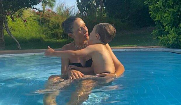 Катерина Осадча з сином, фото з Instagram