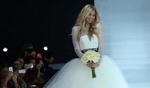 Віра Брежнєва знову одягнула весільну сукню