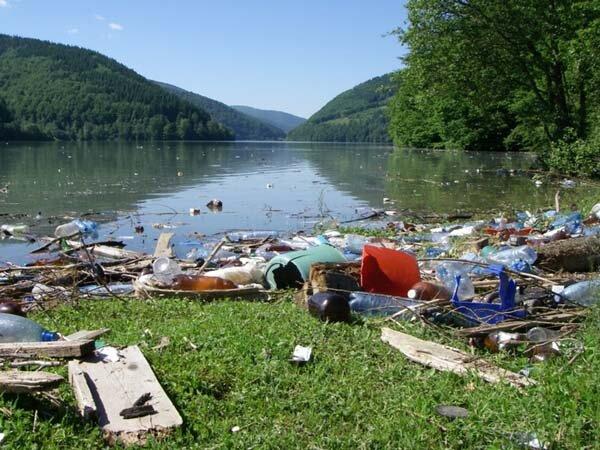 Гора мусора вместо Карпат: украинцам показали прикарпатские глубинки, - кадры не для слабонервных