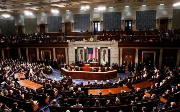 США готовят в Украине третий майдан и свержение Порошенко