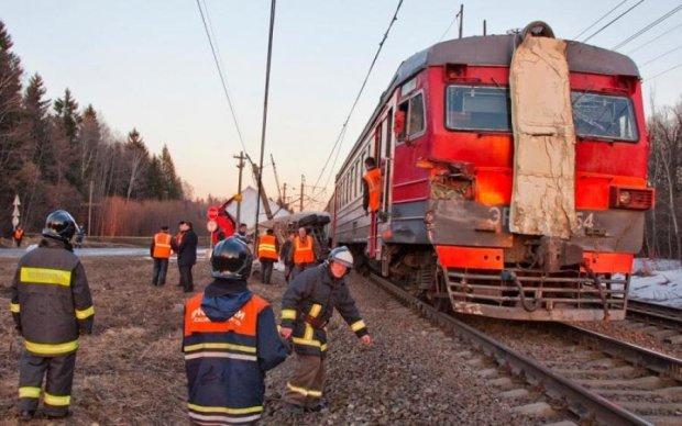 Вирішили не рятувати: відомого художника тричі переїхав поїзд