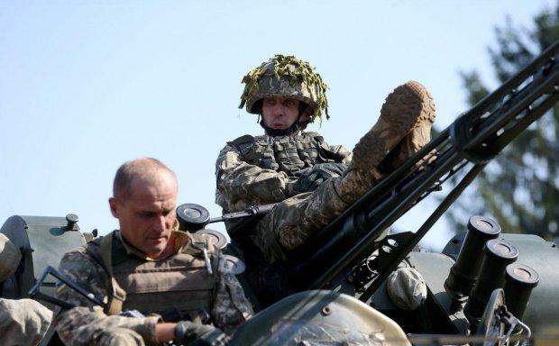 Украинские военные осваивают новое мощное оружие: эти кадры впечатляют