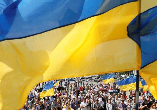 """Русскоязычных готовят к """"исчезновению"""" из Украины: естественный процесс"""