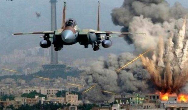 Опубликовано видео с места мощного авиаудара в Алеппо