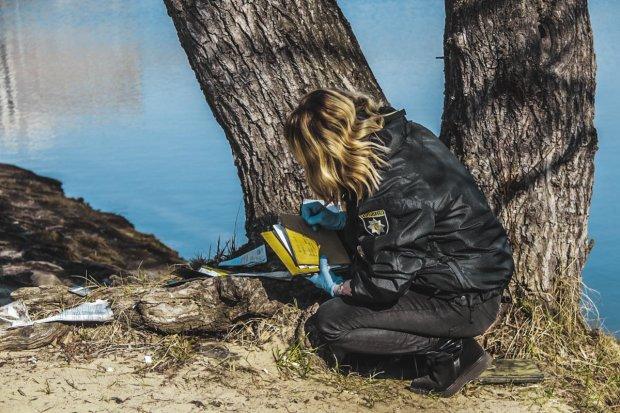 У Києві водолази з дна Дніпра дістали смертоносні артефакти, може рвонути в будь-який момент: фото
