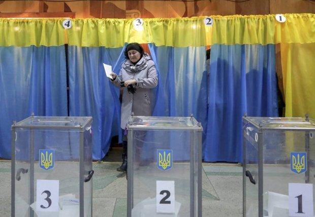 Президентські вибори 2019: які документи взяти та що заборонено робити у кабінці