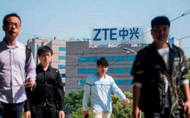 Ніяких смартфонів: китайський бренд оголосив про закриття виробництва