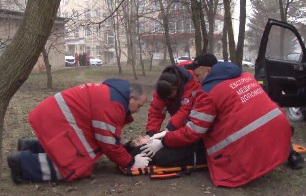 Екстрена медична допомога, скріншот відео