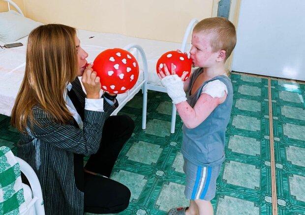 Під Запоріжжям трирічний хлопчик скалічився через вибух газового балона, що відомо про стан обпеченого малюка