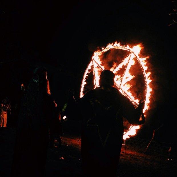 Паника в селе: на Харьковщине зверски убили 15-летнюю девушку, ходят слухи о ритуальном мракобесии