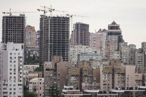 В Киеве изменится цена квартир - пересчитают по новому курсу