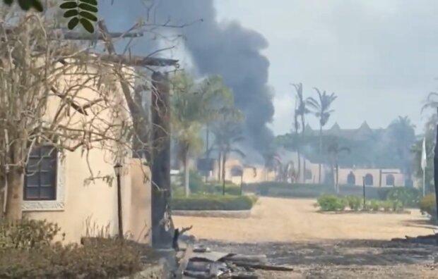 Пожежа в готелі на Занзібарі, кадр з відео