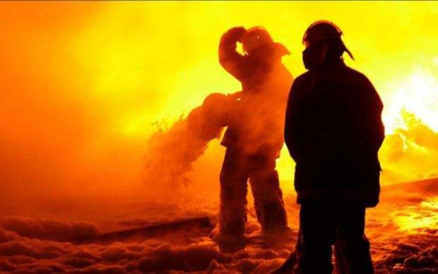 Смертельный пожар в Запорожье: полетели первые головы