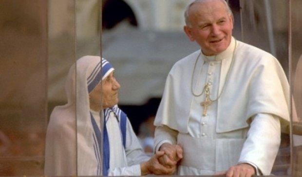 Ватикан признал Мать Терезу чудотворицей