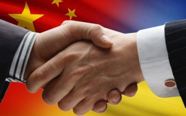 Китай готовий ввести безвіз для України