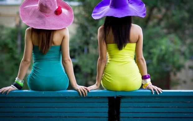 Цвет настроения: какую одежду носить знакам Зодиака, чтобы быть счастливым