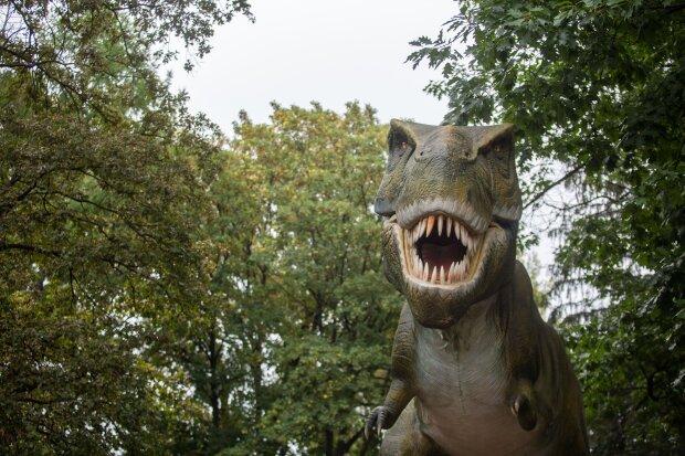 Киевлян пригласили на планету динозавров