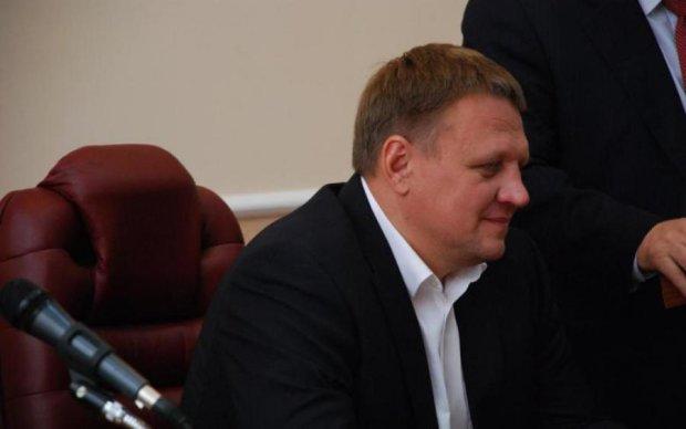 Депутат Шевченко закінчив ремонт дороги гучним скандалом