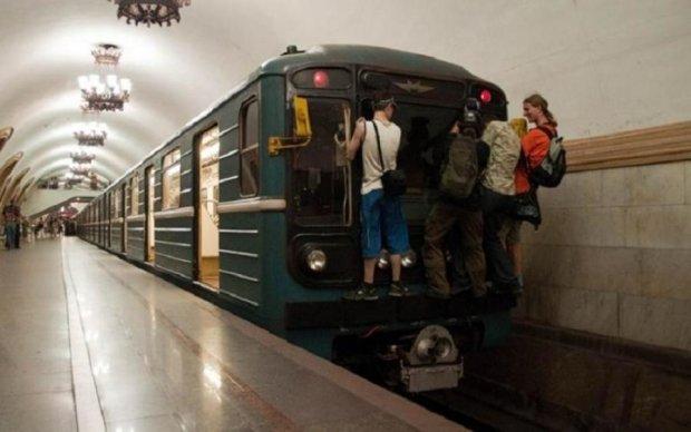 В киевском метро недовольны новой стоимостью проезда: расходов не покрывает