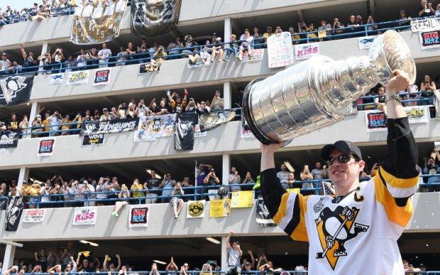 НХЛ: Чемпіонський парад Піттсбурга відвідали 650 тисяч фанатів