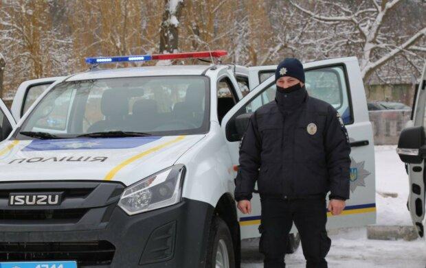 Молодого українського поліцейського знайшли повішеним, присутні загадкові деталі