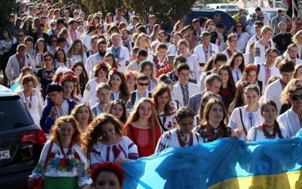 Вихід з СНД: українці бурхливо відреагували на ініціативу Порошенка