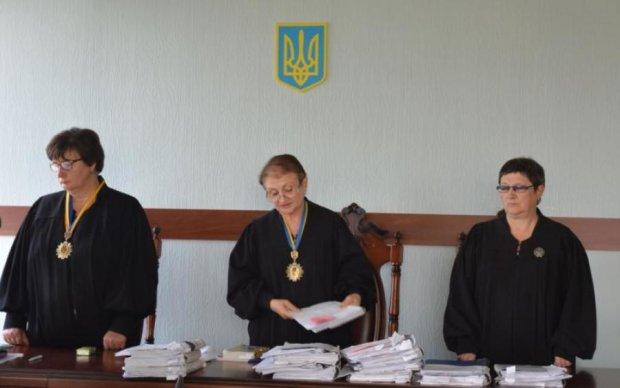 Дело генерала-взяточника: суд определился с мерой пресечения
