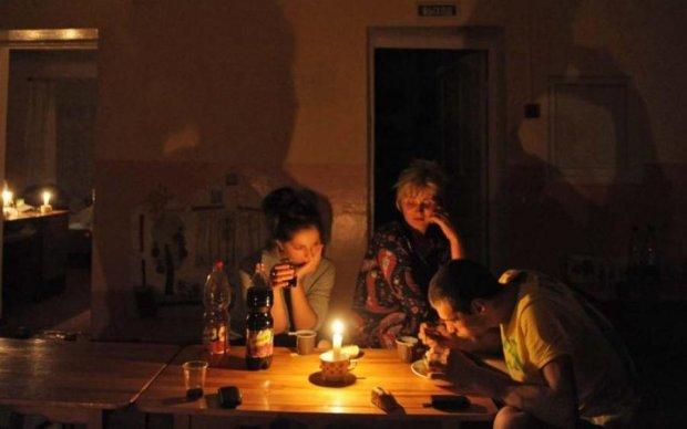 Почалося? У Криму зникли світло та зв'язок