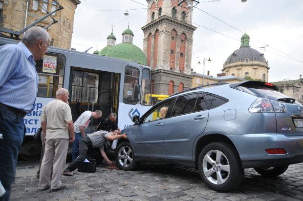 У Садового вирішили пограти на нервах львів'ян: люди у жаху через скандальне ноу-хау