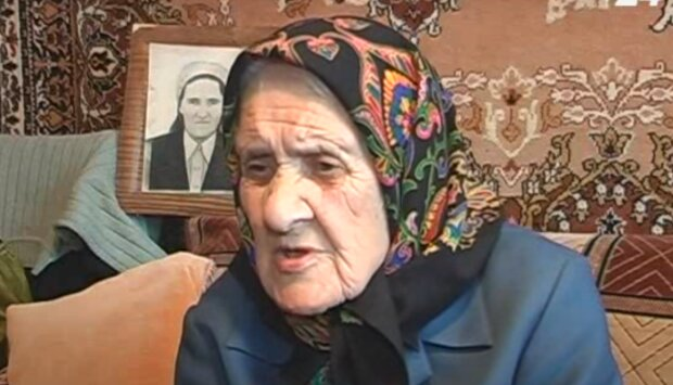 Стукнуло 90, а вона як огірочок - на Тернопільщині привітали супер-бабцю