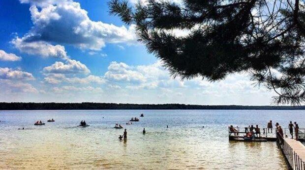 Озеро, фото: Знай.ua