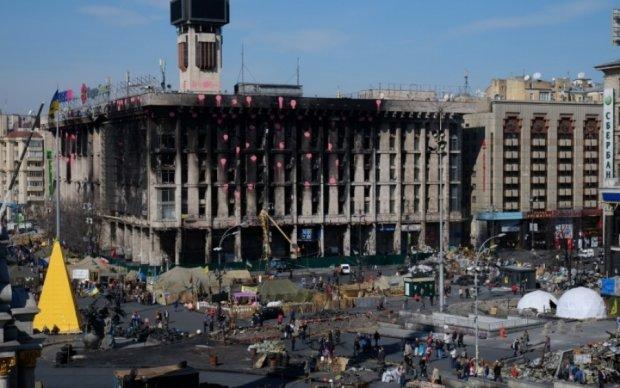 Обгорілий Будинок профспілок замаскували до Євробачення