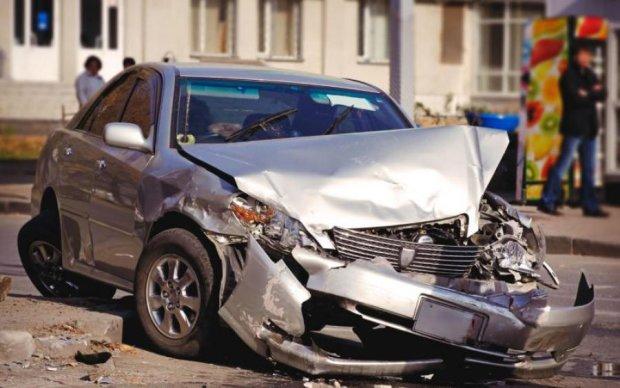Кровавое столкновение в Кривом Роге: появилось первое видео допроса водителя