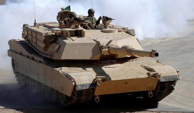 Німеччина перекидає в Литву танки і БМП
