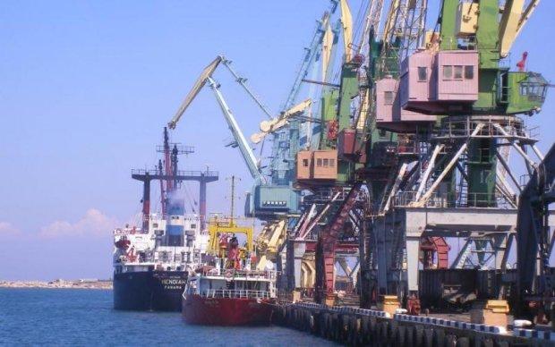 Болгарські контрабандисти вільно шниряють по Криму
