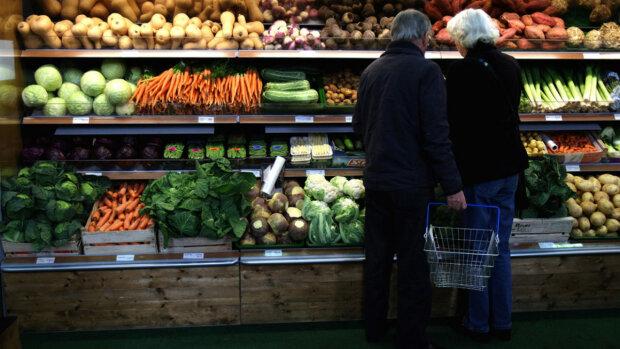 """В Украине """"борщевой набор"""" устроил сумасшедшие гонки: озвучены цены на главные продукты"""