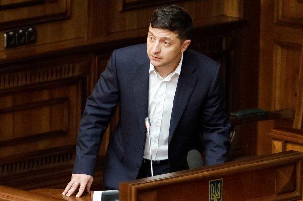 Зеленський дав Труханову домашнє завдання: одесити тиснуть руку, просили не один рік