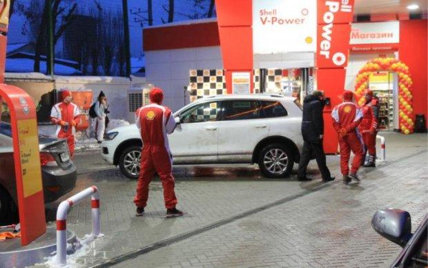 Ціни на бензин зроблять українцям боляче