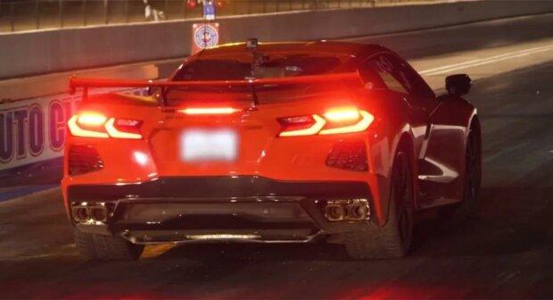 Стоковый 2020 C8 Corvette испытали на уличной драг-гонке, результаты удивили всех