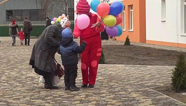Украинцы, скриншот с youtube