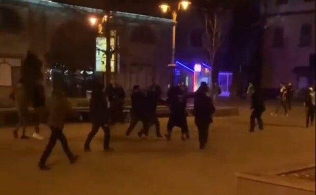 Бійка у Франківську, кадр з відео: Instagram chs.if