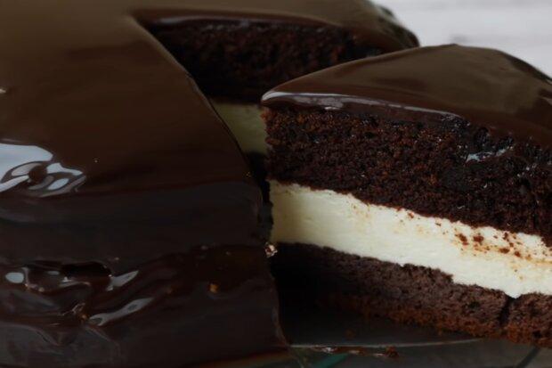 """Торт """"Kinder Pingui"""", кадр з відео"""