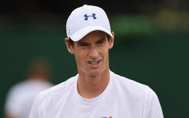 У Британії чоловік відкусив частину вуха вітчиму через суперечку про національність тенісиста