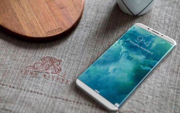 В сеть просочились реальные фото iPhone 8