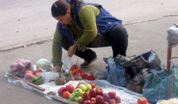 Кияни можуть поскаржитися на стихійну торгівлю в соцмережі