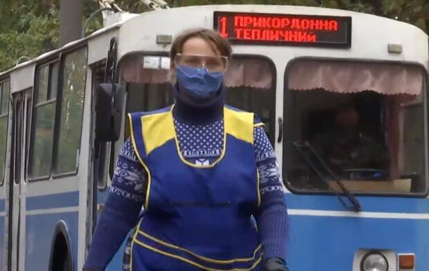 """Карантин снова """"перекроит"""" Украину: какие города войдут в красную и оранжевую зоны"""