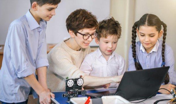 Раннее программирование: мифы и реальность о том, почему, для чего и с какой целью детей необходимо обучать цифровой грамотности