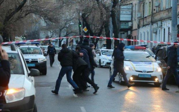 Під Одесою відкрили вогонь по перехожих: є жертви