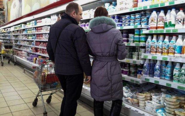 Смертельно опасно: какими продуктами супермаркеты травят украинцев