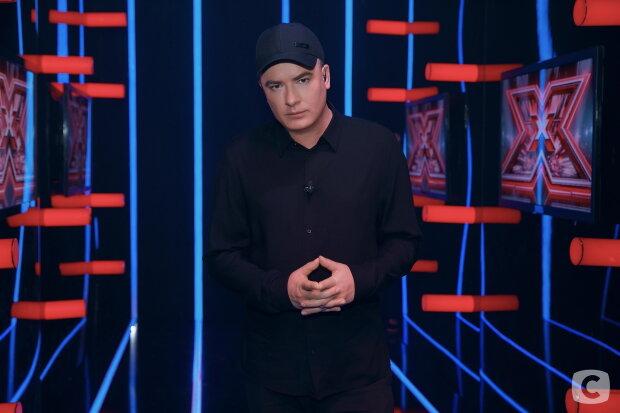 """Вихід Данилка з """"Х-фактора"""" підірвав мережу і поклав початок всеукраїнському флешмобу: """"Шоу без Вас не буде"""""""